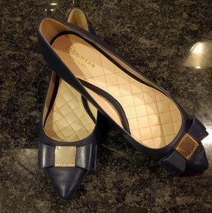 COLE HANN NAVY BOW GOLD SHOES